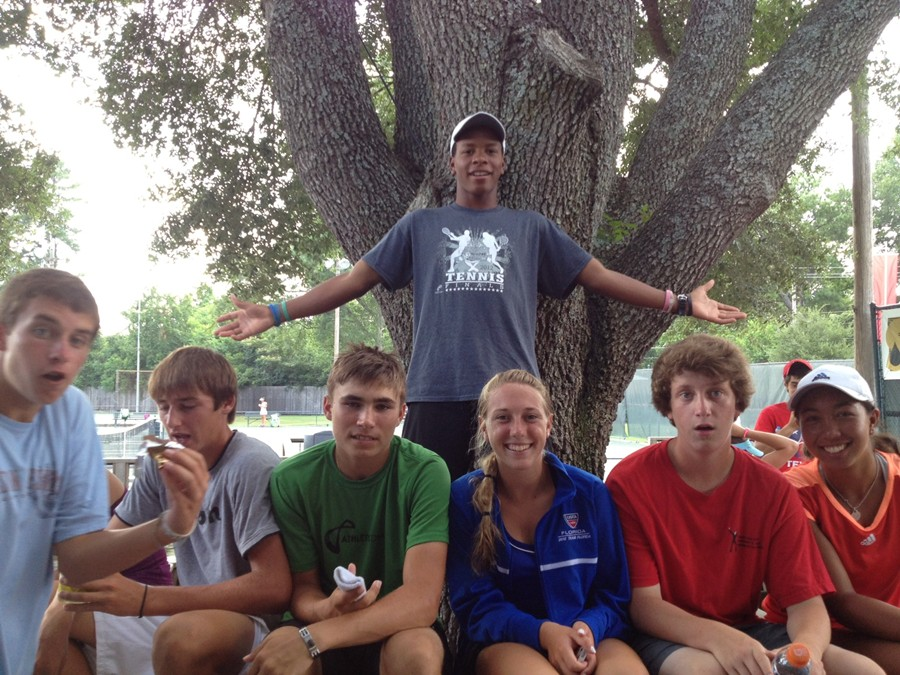 Florida_16s_intersectional_team_photo_2012-under_tree