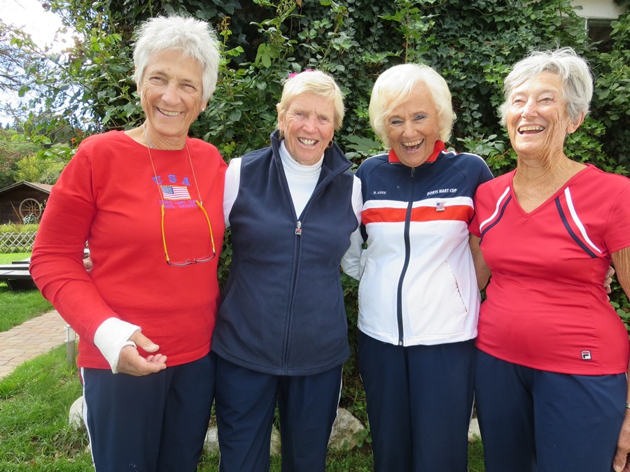 ITF-Hart_Cup-L-R_Lucille_Kyvallos,_Mary_Ann_Plante,_Jane_Lutz_and_Margaret_Canby