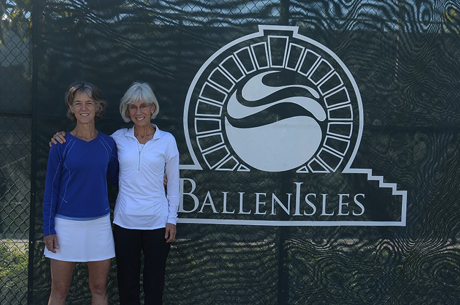Wendy_McColskey_60_singles_and_doubles_winner_of_Durham,_NC_on_left_and_sister_and_doubles_partner_Dale_McColskey_of_Tallahasse,_Florida