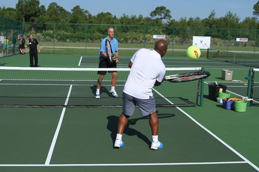 westside-giant_racquets