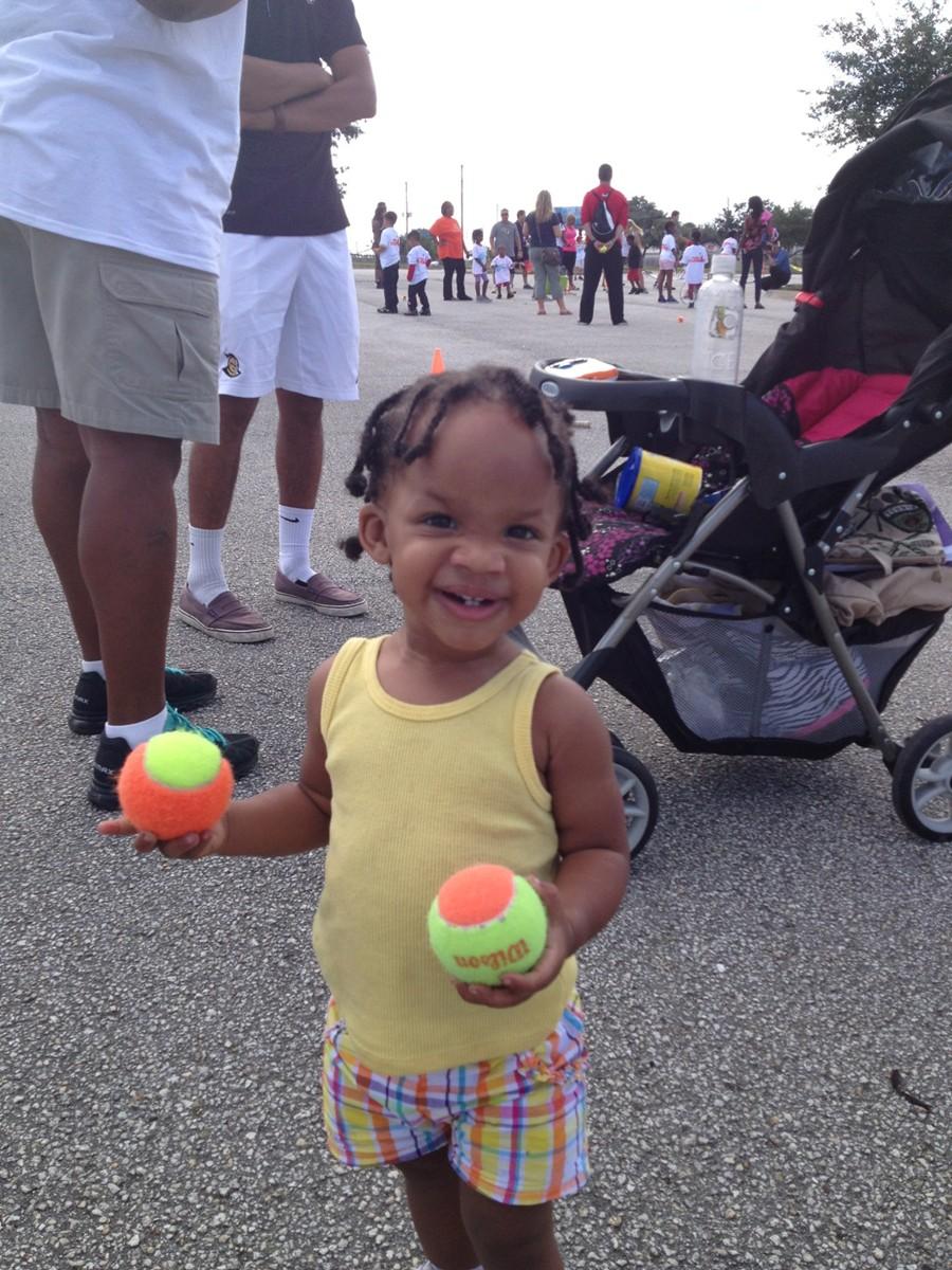WTT-little_girl_with_balls