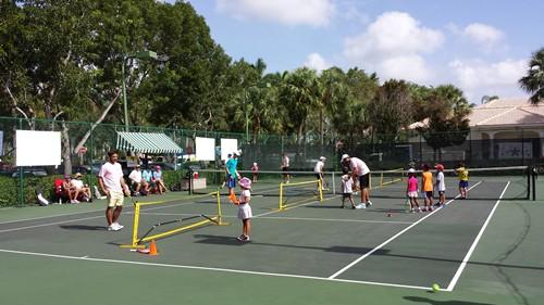 visit TenisParaTodos,com