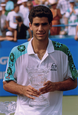 1992-Sampras-with-trophy