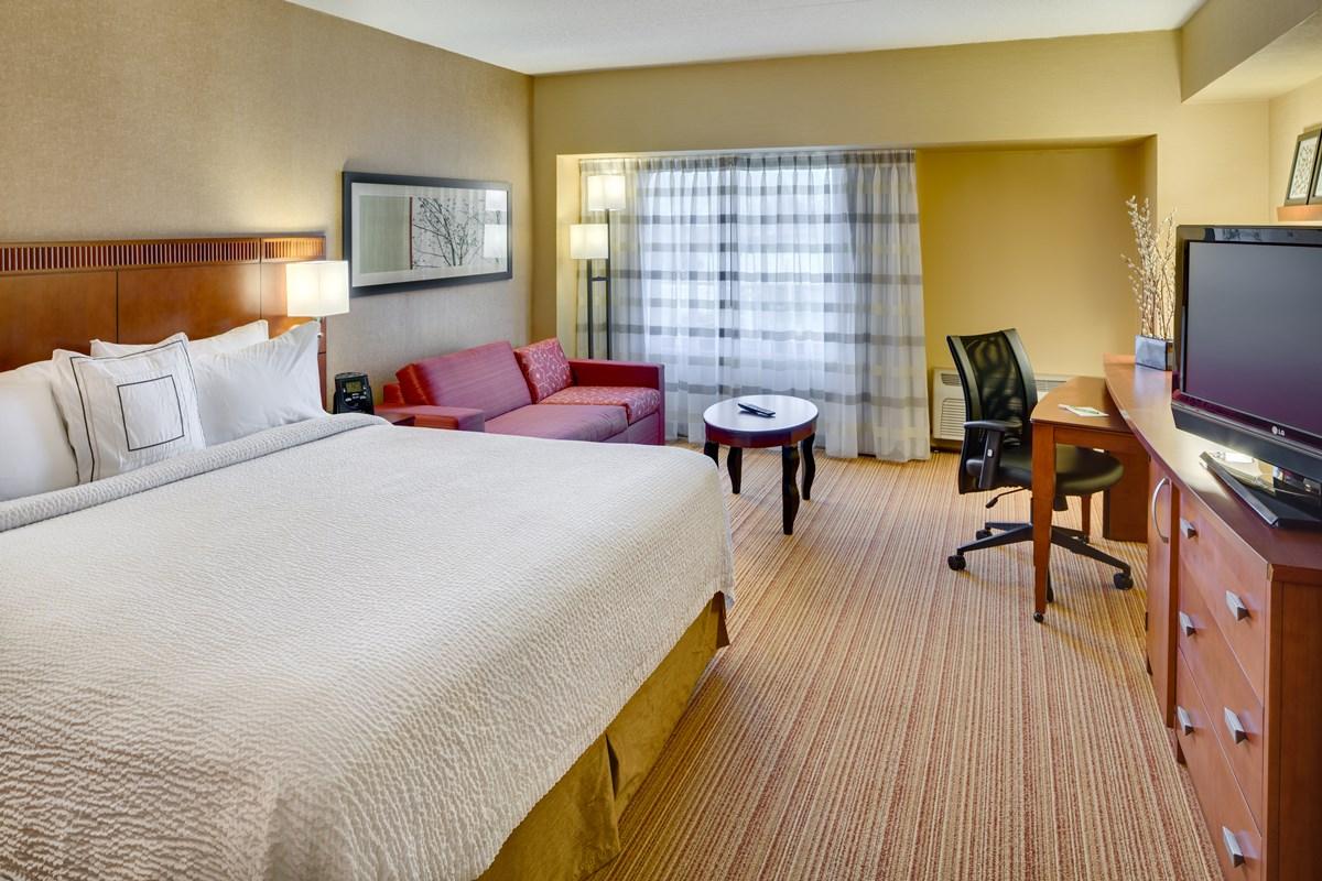 shelton_guest_room