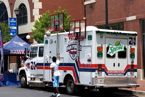 atlanta hawks truck tr 072013