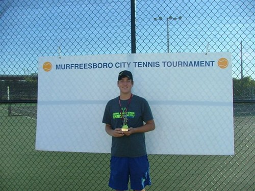 Mason_Grear,_Boys_16u_Singles_Champ