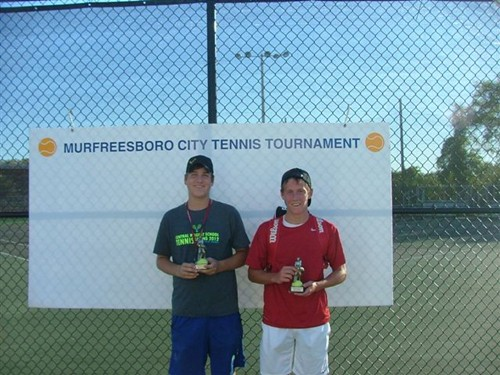 Mason_Grear,_Boys_16u_Singles_Champ_and_Mitchell_Burnham,_Runnerup