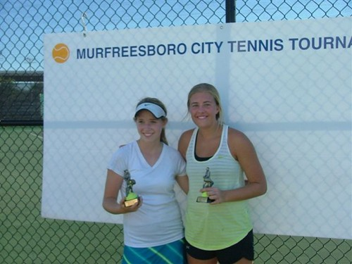 Natalie_Musselman,_Girls_18u_Singles_Champ_and_Chandler_Adams,_Runnerup