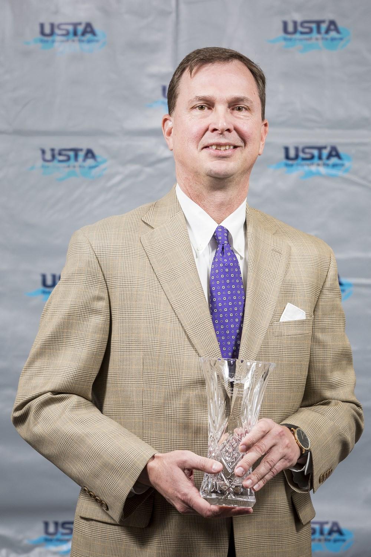 Eddie_Gonzalez_-_2017_USTA_Georgia_Presidents_Award