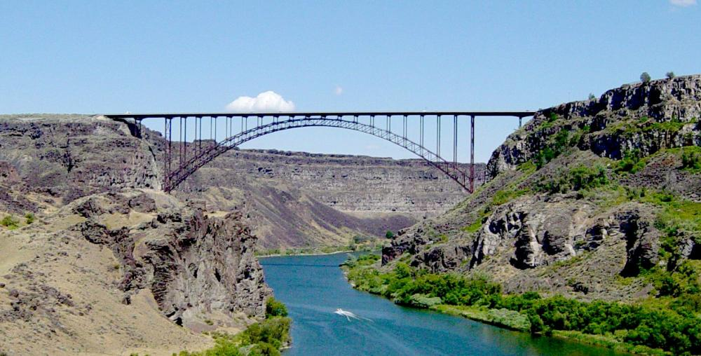 U.S._Highway_93_bridge_from_within_Snake_River_Canyon