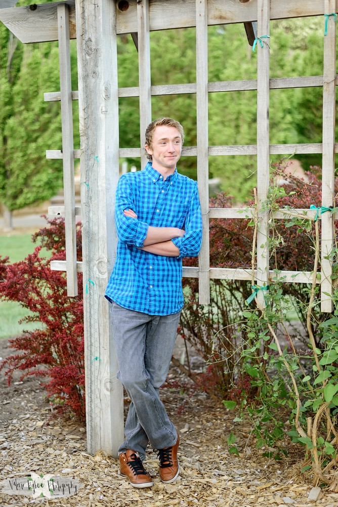 Taylor Soffe - SENIORS 2017 MISSIONARY 2017 gardens,missionary,outdoors,outside,seniors,
