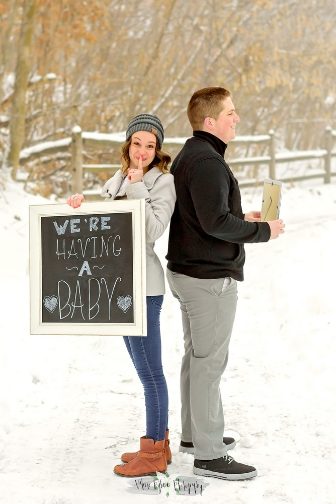 Alexis & Dallin Baby Announcement