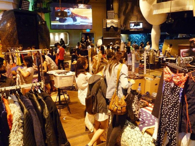 Zouk flea easy flea market singapore