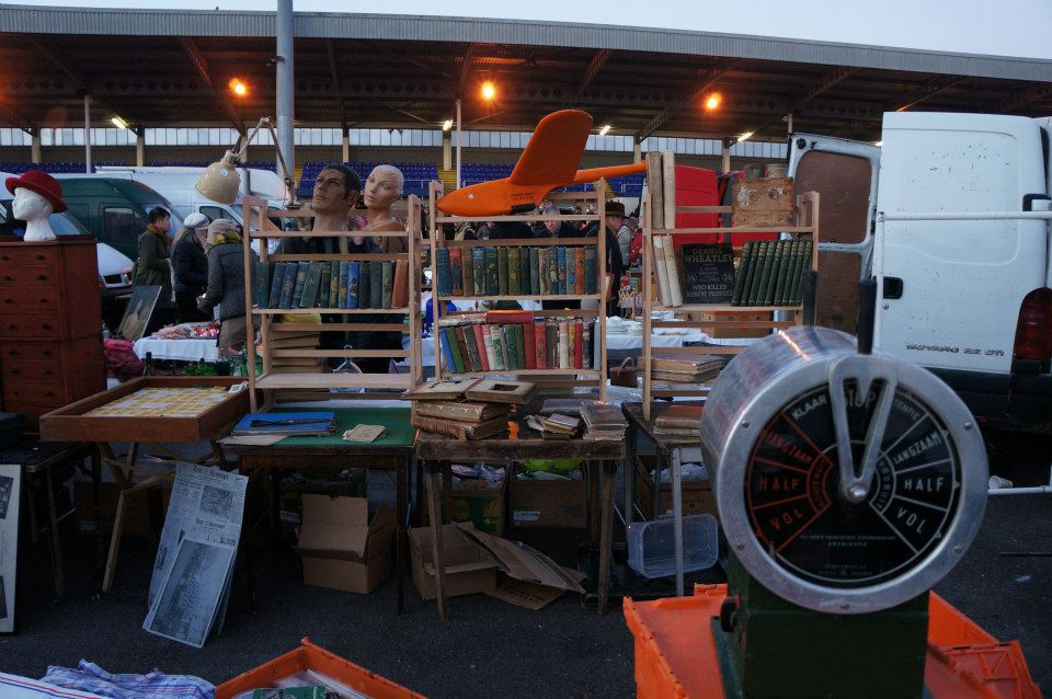 Goodwood racecourse antiques and collectors fair