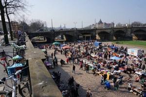 %c2%a9 albertbr%c3%bccke flea market in dresden