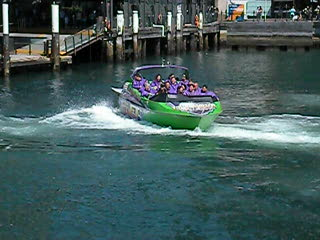 Jet Boat settting off from Circular Quay Sydney