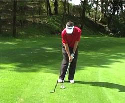 Curso vídeo Golf online (clases). Chip de golf: ángulo de ataque