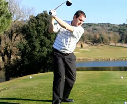 Curso vídeo Golf. Fundamentos del plano del swing