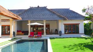 Beautiful 3-Bedroom Villa with Landscaped Garden