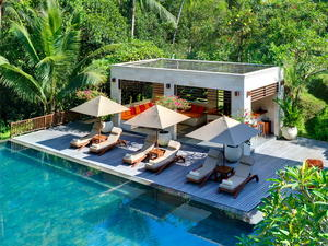 Luxurious 5 bedroom Estate in Southwest Bali