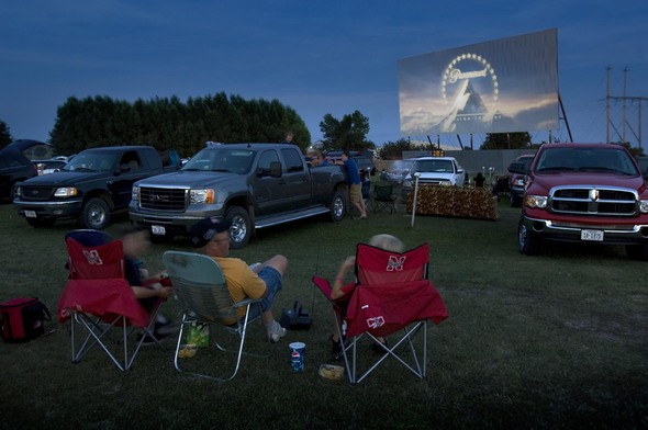 Tk drive in for Drive in movie theaters still open