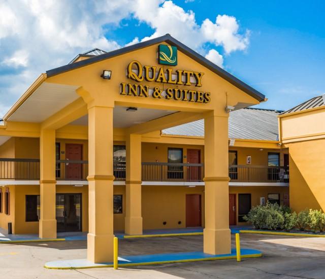 Quality Inn Amp Suites Visit Oxford Ms