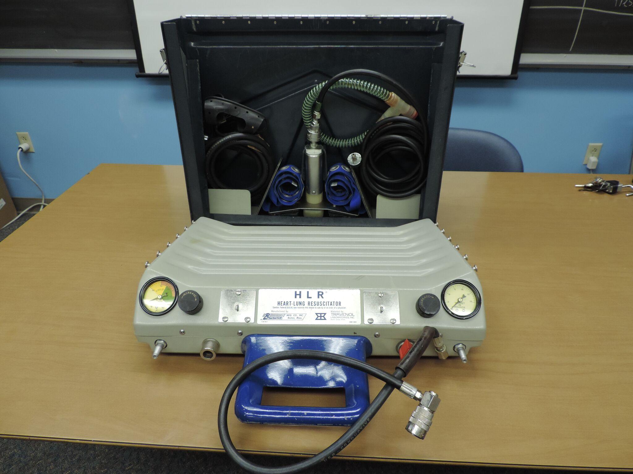 Heart-Lung Resuscitator