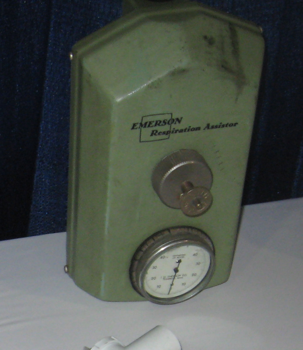 1950s Emerson Respiration Assistor