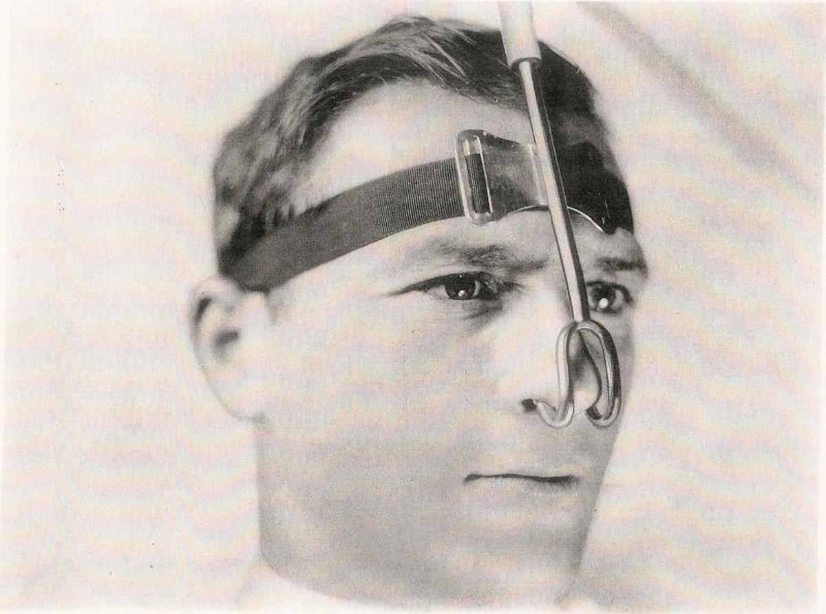 1920s Metal Nasal Cannula