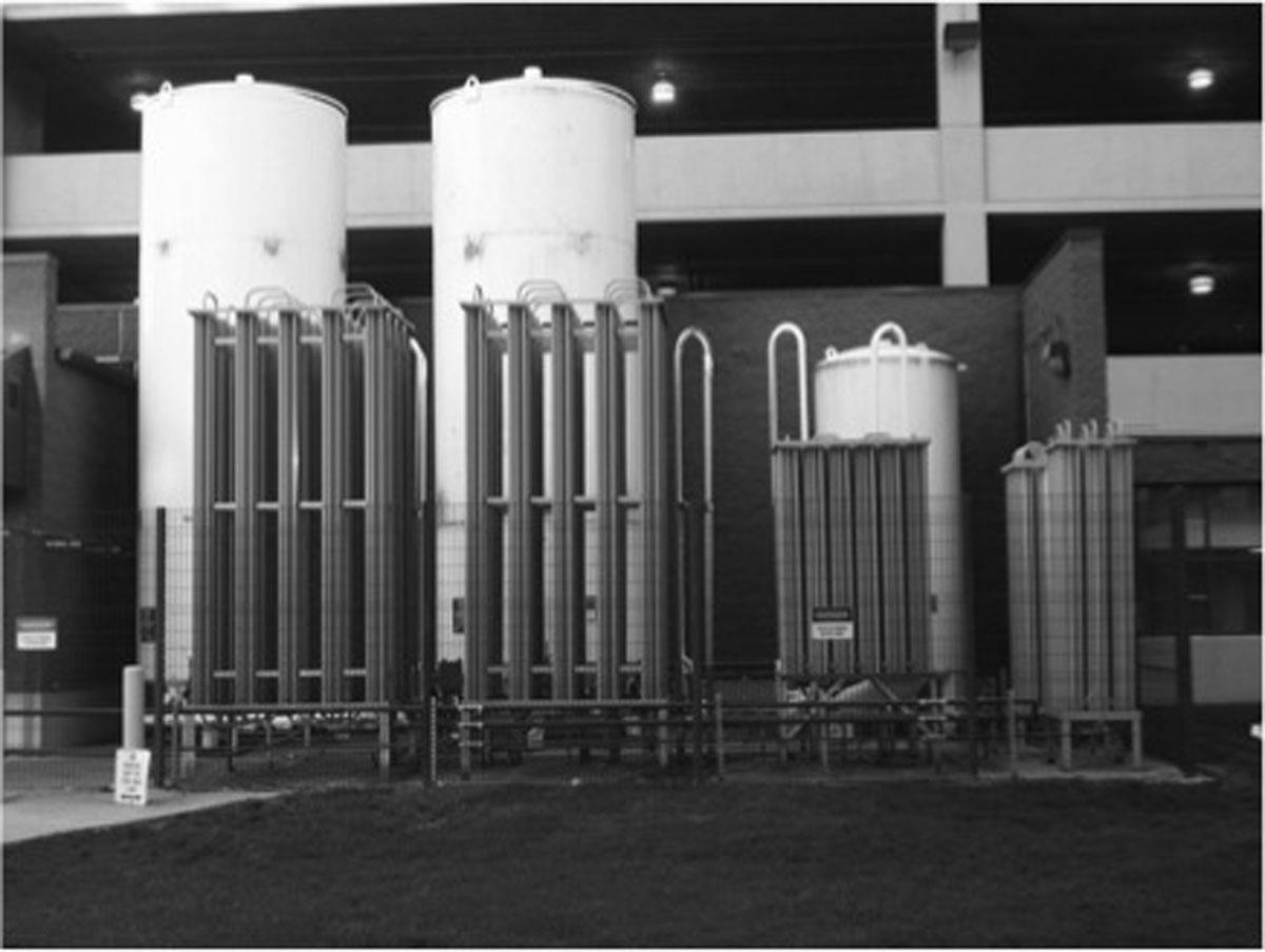 1990s Bulk Liquid Oxygen System