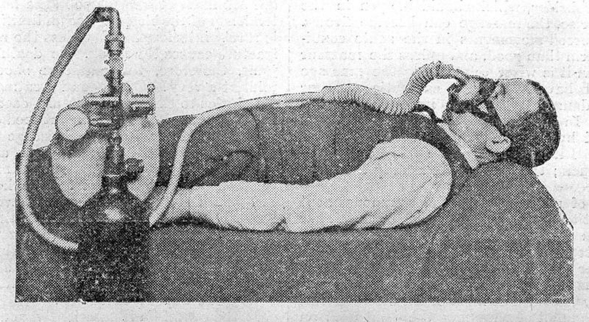 1917 Haldane's Oxygen Mask