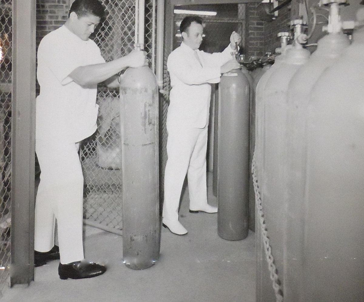 1940s Oxygen Orderlies