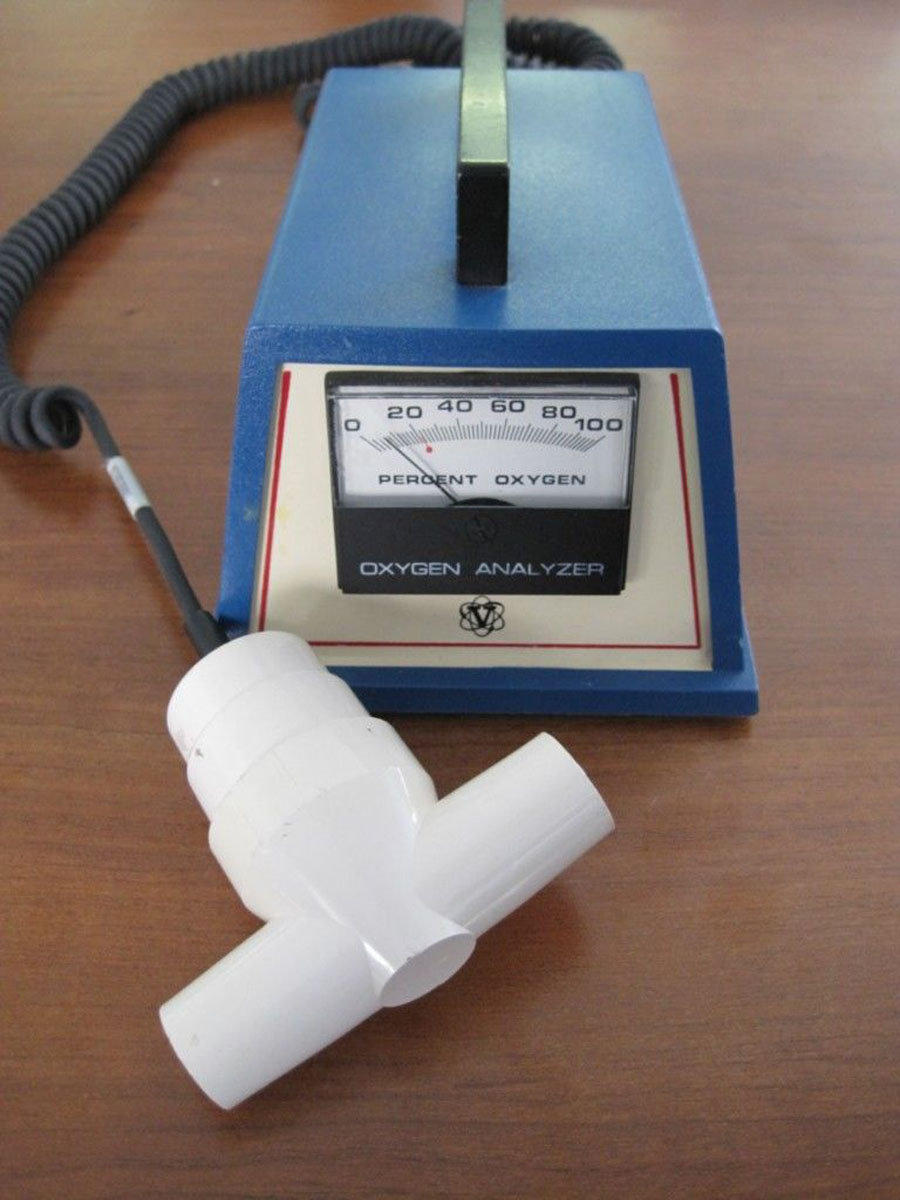 1990s Ventronics Oxygen Analyzer