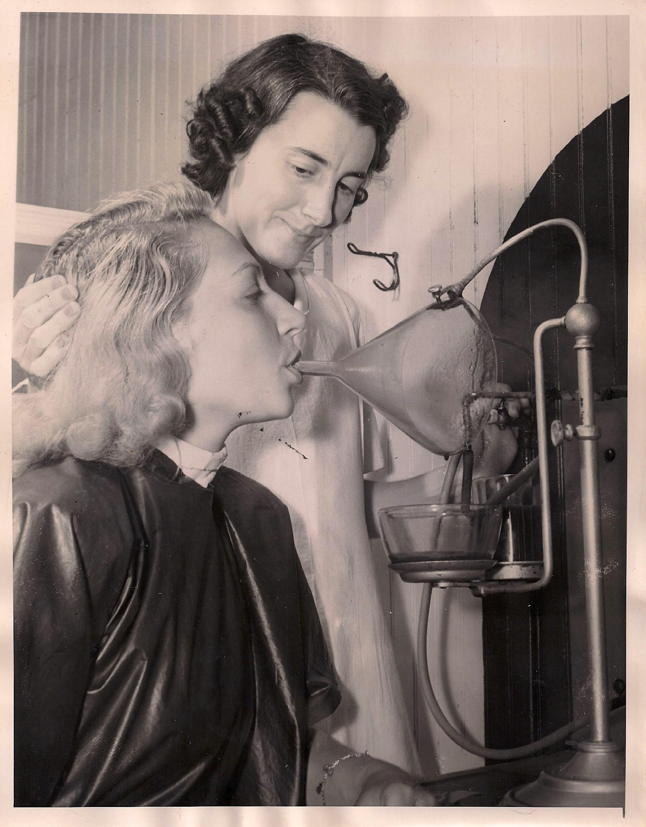 1940s Nebulizer