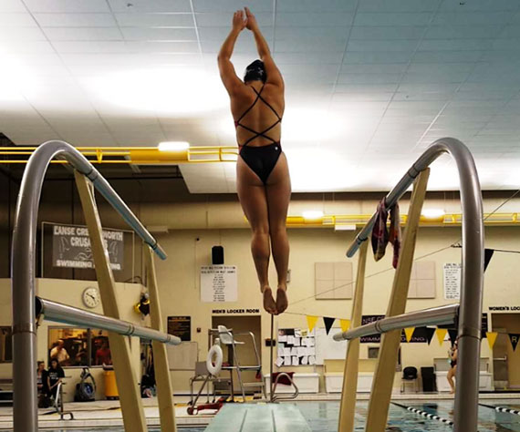 Port Huron Northern (MI) Senior Hallie Roman heads to State Diving Championship for the third year in a row.