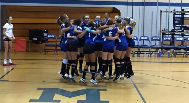 Malow 7th Grade Volleyball beat Jeannette Jr. High 3-0