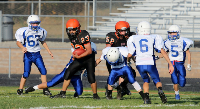 Mineral Ridge Middle School Football beat Western Reserve High School 36-20