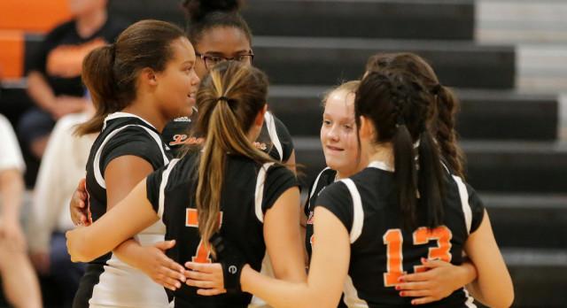 Mineral Ridge Girls 8th Grade Volleyball beat Waterloo High School 2-0