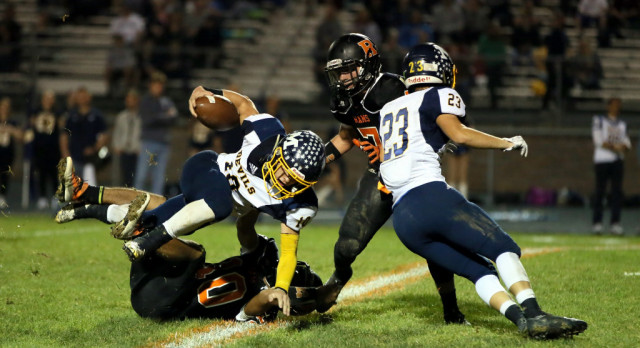 Mineral Ridge High School Varsity Football falls to Mcdonald High School 48-6