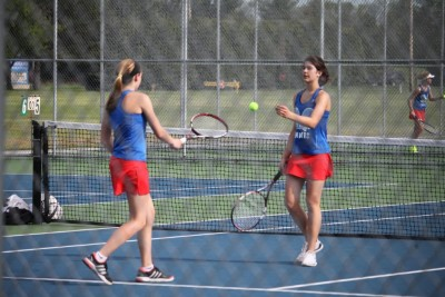 Chargers Place 5th in NECC Tennis Tourney