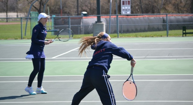 Powers Catholic High School Girls Varsity Tennis ties Heritage High School 4-4