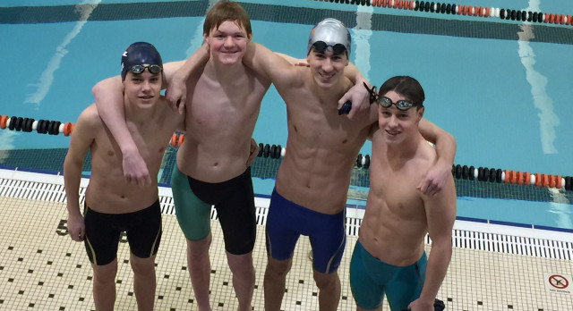 Powers Catholic High School Boys Varsity Swimming finishes 4th place