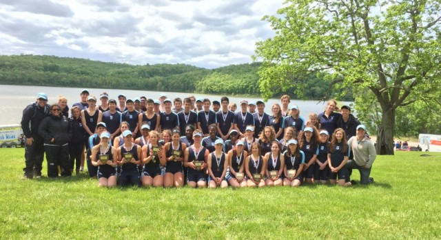 Crew dominates Midwest regionals, punches 10 tickets to Nationals