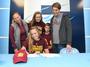 Grace Gagliardi Signing day