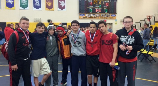 Middle School Wrestlers finish 4th at PTC Tournament