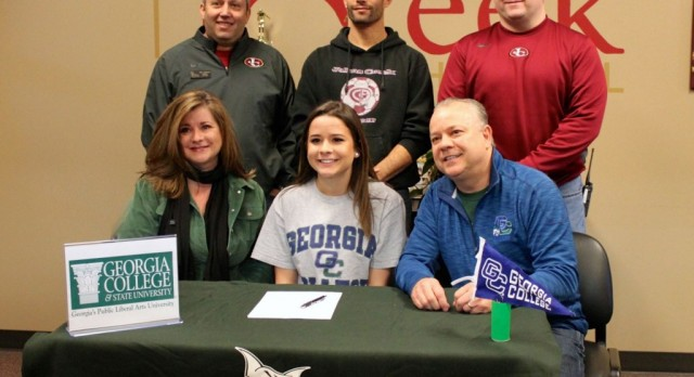 Hannah Davidson Signs with Georgia College Soccer