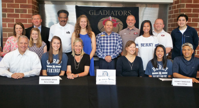 Mackenzie Bryan & Sydney Tanguilig sign to play at Berry College