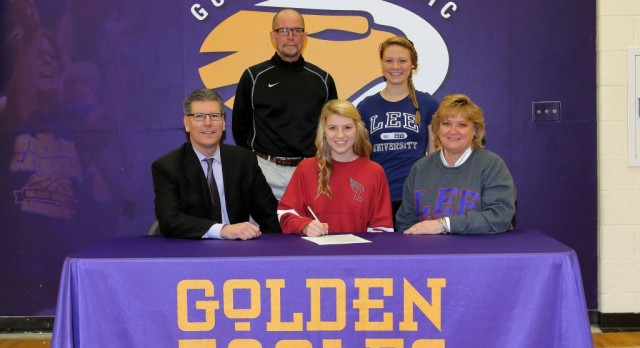 Congratulations to Laila Dilts for signing to play Soccer at Lee University