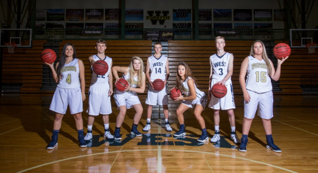 2017 Basketball Senior Night this Friday!