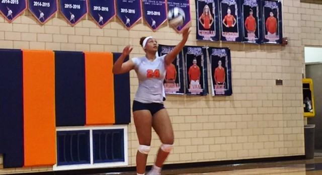 Berea-Midpark High School Girls Varsity Volleyball beat Lakewood High School 3-2